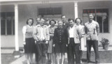 Students in front of Pacific Bible Seminary